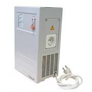 Однофазный стабилизатор напряжения R2000SPT-N  220В